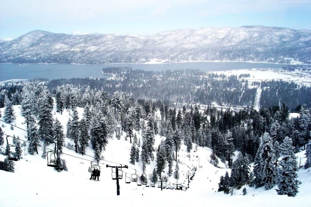 🏔️🏔️☃️☃️ Mark it down! #November 15th is the start of #Winter season here in #bigbear and #bearmountain will be opened on #November 22nd.  Cabins are filling up fast, so don't delay in reserving your own #lavish #cabin #today -The Best Views of Big Bear Valley -Fully Furnished Luxury Cabins with Wifi -Quick Access to Shops, Dining and Entertainment -and #pets are allowed upon inquiry and approval.  Call us today at (909)771-6550 , for seeing this #post online, call us and ask about our 20% #socialmedia offer, or use #promo code LC2019 at checkout!  www.LavishCabins.com  #deals #visitbigbear #bigbear #bigbearlake #bigbeargetaway #bigbearmountains #mountaingetaway #fallgetaway #nature #mountains #mountaincabin #mountainlake #fallcolor #naturephotography #realestate #airbnb #happiness