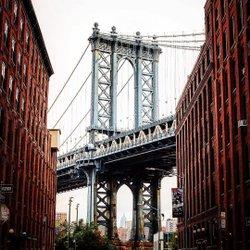 THE place to take your #newyork instagram foto! 📷 ~ ~ ~ #nyc #seeyourcity #instagramnyc #newyork_instagram #icapture_nyc #ig_nycity #nycprimeshot #loves_nyc #travellingthroughtheworld #newyorkarea #nybucketlist #travelnyc #nyloveyou #timeoutnewyork #newyorker #nycityworld #NY1pic #thisisnewyorkcity #what_i_saw_in_nyc #abc7ny #mysecretnyc #igersviennaontour #city_explore #citygrammers #dumbobrooklyn #williamsburgbridge
