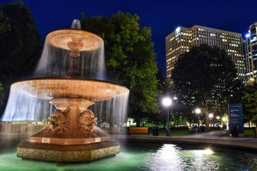 Yesterday, a year later since my first post of this fountain (totally coincidental), I revisited Confederation Park for a night shot.  Did you know that the fountain used to be in Trafalgar Square in London from 1845 to 1939?  #longexposurephotography  #gram_slayers #ottawaphoto #ottawaphotographer #myottawa #thecreatorclass #visualmobs #visualsoflife #bevisuallyinspired #eclectic_shotz #artofvisuals #moodygrams #wander #throughmylens #nikoncanada #raw_canada #agameoftones #oh_canada_ #imagesofcanada #613 #visualambassadors #confederationpark #livelovecanada #exploretocreate #nightphotography #shotzdelight