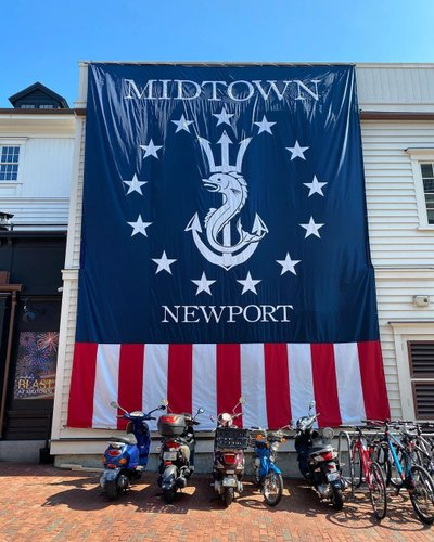Happy Independence Day from @midtownoysterbar 🇺🇸