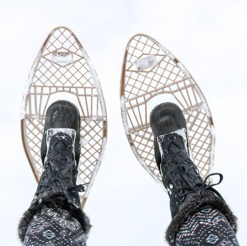 这是今天雪上行走的完美日子。 希望没有人看到我跌倒,无法起床。 😂字面意思。 ••••----------------- #yourmanitoba #explloremb #travelmanitoba #manitoba #winnipegphotographer #winnipegphotography #manitobaphotography #followme #snowshoeing #snow #getoutdoors #funny #imagesofcanada #enjoycanada#探索#explorecanada #tourcanada #capture #winter #paradisecanada #canada_true #manitobaartist #love