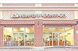 The Heavenly Donut Co. 🍩 Birmingham, Alabama, USA 🇺🇸 #TheHeavenlyDonutCo #Birmingham #Alabama #SweetHomeAlabama #travel #travelabout #traveladventures #traveladvisor #traveladvice #foodie #foodies #foodiesofinstagram #foodiesph #foodiestyle #traveldeeper #traveldames #traveldrops #traveldaires #traveldeep #foodieflatlay #foodiefeature #foodiefetish #foodiefeatures #prisma #Penguin