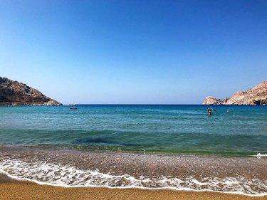 #summer #holidays #summerholidays #travel #instatravel #sea #seaview #sky #bluesky #endlessblue #endlesssummer #beach #sandybeach #island #islander #islandlife #cyclades #cyclades_islands #aegeansea #aegeanislands #galissas #galissasbeach #syros #syrosisland #greece