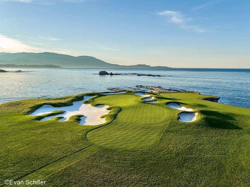 First Light On The Th At Pebble Beach Golf Links The Iconic Hourglass Shaped
