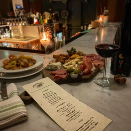 1/2 price bar menu from 4-6pm Wednesday through Sunday! 1/2 price bottles of wine every Wednesday! #secretmenu #charcuterieboard #calamari #lambrusco #prosciutto #wineWednesday #barmenu