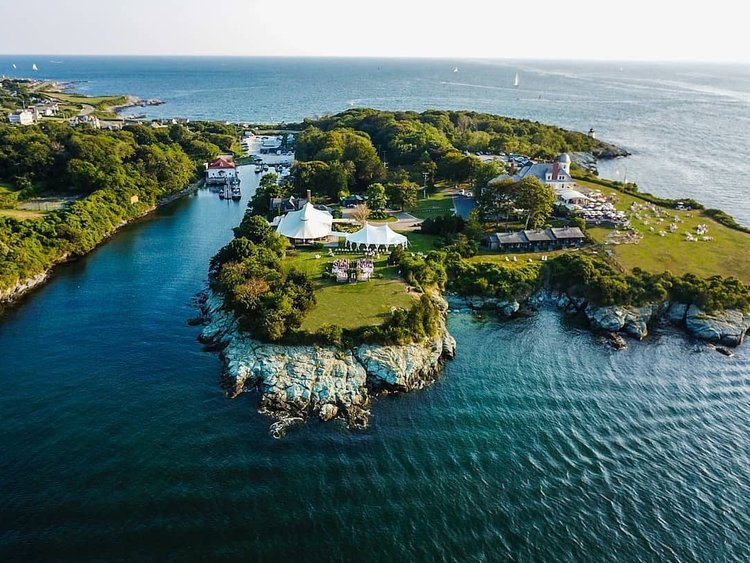 Nestled among 40 acres atop its own peninsula, Newport, Rhode Island's @castlehillinn gives us that secluded—but not too far away—escape we need right now. Share your dream destinations with #FutureTravelGuide for a chance to be featured! Regram: @castlehillinn / @cdsdrone