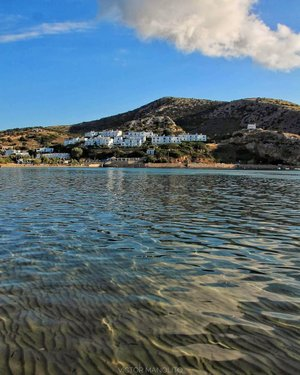 Galissas beach🏖️, Syros • • • #greecetravelgr1_ #kings_greece #great_greece #great_street_photos #great_captures_greece #the_daily_traveller #exquisite_greece #awesome_phototrip #loves_greece #life_greece #colors_of_greece #cycladesislands #super_greece #discover_greece_ #greecelover_gr #heavenly_shotz #expression_greece #infinity_hdr #hdr_addiction #hdr_of_our_world #reasontovisitgreece #hdr_oftheworld #streetart_addiction #loves_greece_ #tv_greece #bestnatureshot #greatshotz #cyclades_islands #athensvoice #travelcommunity