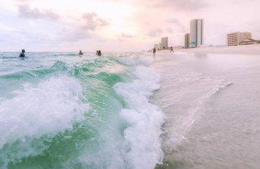 Gulf Shores Life!! ✨ 📷: spencer.callahan ————— Alabama's Gulf Coast. I don't think it's technically the 'Emerald Coast', but we're really splitting hairs at this point. . . . . #thisisalabama #onlyinalabama #hikealabama #alabamabeaches #gulfshores #gulfshoresalabama #orangebeach #gulfcoast #thirdcoast #gulfofmexico #alabamaphotographer #sunset_hub #sunset_stream #sunset_ig #sunsetbeach #beachsunset #southernliving #coastalliving #saltlife #beachvibes #itsamazingoutthere #beachlove #beachvacation #beach🌊 #waves🌊 #emeraldcoast #coastallife #summersunset #summerfun #rolltide