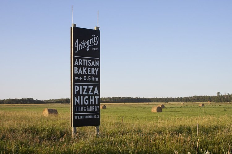 Integrity Foods是马尼托巴省唯一一个可以订购燃木披萨并在草原上的小农场背景下享用它的地方:https://t.co/7a9U0Ir9Y2#exploremb#explorecanada https://t.co / br45UVDet1