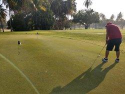 Tranquilito; por que se pa donde voy... #SePaciente #Salmos27:13-14 #Al200% #Domingo #Golf 🏌️♂️⛳️