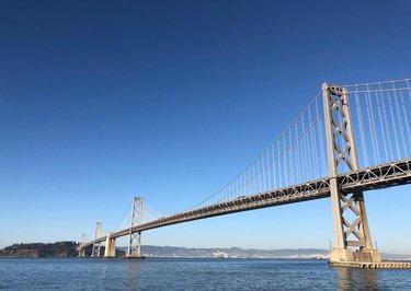 Oakland Bay Bridge by day & night ✨#sanfrancisco #oaklandbaybridge