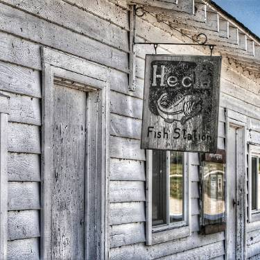 Hecla Village #signage #sign #signcollective #ig_signage #fishingvillage #ipulledoverforthis #bestofmanitoba # trb_members1 #exploreMB #ig_great_shots_canada #manitoba #pocket_canada