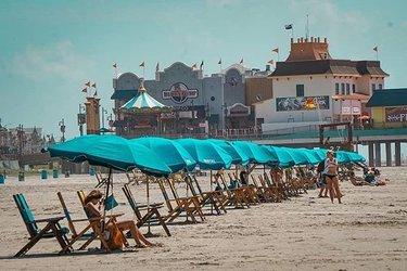 GALVESTON COM: Galveston Island & Bolivar Peninsula Beach