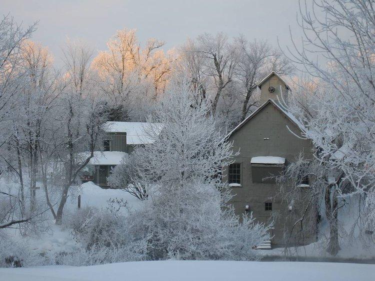 Winter Wonderland #artist #studio #rideaucanal #lowerbrewerslock #gristmill #donerstudio #mill #winter #hoarfrost #unesco #frontenacarchbiosphere #kingston