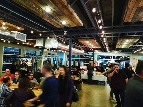 CKP琐事之夜在扭矩酿造! 我有一份很棒的工作。 #ckp #crosierkilgour #engineering #beer #winnipeg #manitoba #canada #drinklocal #brewery #trivia #torquebrewing