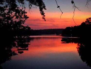 We watched a beautiful sunrise on the lake this morning #lake #lakelife #sunrise #sunrise🌅 #sunrise_shotz #sunrise_sunsets #sunrise_pics #sunriseoftheday #sunrise_and_sunset #smithlakeliving #smithlakelife #rebel_scapes #ipulledoverforthis #hey_ihadtosnapthat #world_bestsky #rebel_sky #scenic #scenicsunset #scenicphotography #alabamathebeautiful #visitnorthal #alabamaoutdoors #thisisalabama #exploringalabama #onlyinalabama #alabamalens #explorealabamaphotography #alabamaphotography