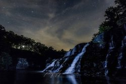 "Waterfall Wednesday 🙌🙌 stars AND waterfalls. Beautiful ❤🌟 ""Many men walk by day; few walk by night. It is a very different season...The stars are the jewels of the night, and perchance surpass anything which day has to show."" - Henry David Thoreau. . . . #photographybyhsumner #visitnorthal #thisisalabama #nightscape #nightsky #waterfall #waterfalls #waterfallwednesday #highfalls #thegreatoutdoors #hike #nighthike #seasons #quotelove #thoreau #getoutside #adventure #exploreyourworld #photography #landscapes #findyourpeace #perspectives #coloranyhow"