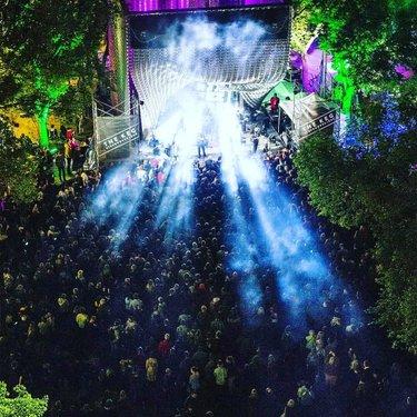 #winnipeg @mariachighost的Amigos准备在星期五午夜在Cube摇滚@jazzwinnipeg! 他们带来了整整十件,所以你可能不想错过它! 最近在镇上展示了一点点。 。 。 。 #jazzwinnipeg #jazzfestwpg #mexico #Canada#rockenespañol#latinxcanada #latinmusic #livemusic#LatinosEnCanada📷:@travis_ross