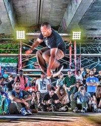 How high can you jump?  I wonder what this guy's vertical is?  Crazy talent . #cbcmeet613 #igersottawa #ottawagrams #ottawaphoto #ottawatourism #hypeottawa #ottawa_2017 #narcityottawa #rebels_united  #Photoftheday #myottawa  #canada150  #facesottawa  #oh_canada_  #ig_great_shots_canada #imagesofcanada  #insidecanada #canadaonline  #lifeincanada  #ottawaphotography  #yowottawa  #hiphop #ottawaphotographer #BeautifulCanadaGallery  #cbcottawa  #CanonCanada150 #facesottawa  #ottawaaf #ottawa_instaphoto #hop2017