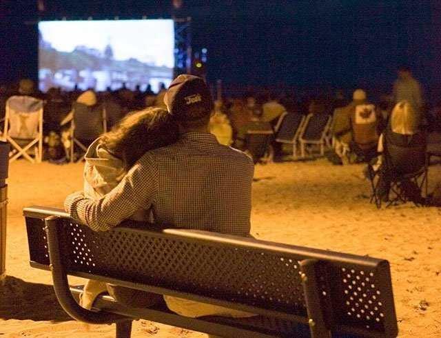 A4:不要错过7月26日至30日发生的Gimli电影节在海滩上拍电影:... https://t.co/uiqh5GnN3l