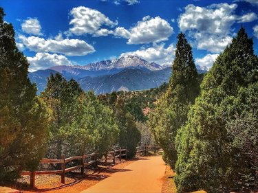 Pikes Peak Parking >> Pikes Peak Shuttle Colorado Springs