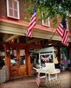 #children #northport #flag #americanflag #downtownorthportalabama #alabama #street #estadosunidos🇺🇸 #SightOfAlabama, #ScentOfAlabama, #TasteOfAlabama, #SoundOfAlabama, #FeelingOfAlabama alabamatravel