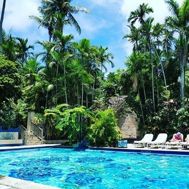 Official nassau paradise island bahamas vacation guide bahamas carnivalbreeze nassaubahamas vocations fandeluxe Gallery