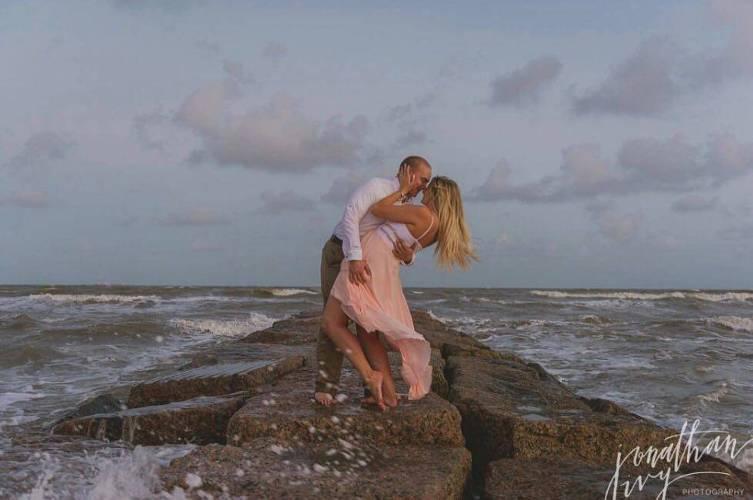 Romantic getaways in galveston tx