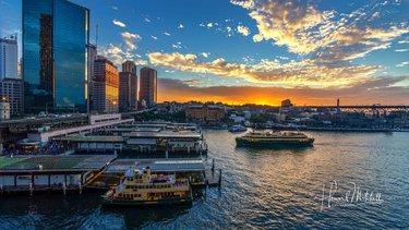 04a058e80e08e End of the day at Circular Quay Sydney.  sydney  sydneyharbour  circularquay