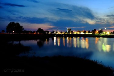 42419  #sunset #thisisalabama #atmore #sky #fujixt1 #fujifilm #longexposure #reflection #lights