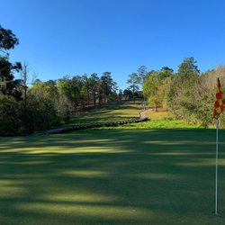 Mobile, Alabama is home to Magnolia Grove on the RTJ Golf Trail. 45 awesome holes which includes a top ranked short course. #rtjgolftrail #alabama #golf #golftrips #letsgolf #alabamatravel